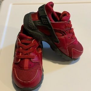 Toddler Nike Sneakers - Girls Huaraches 7C
